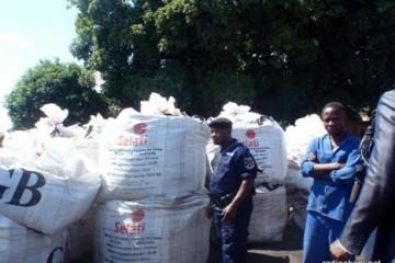 sacs des minerais voles et retrouves aux  ETS Maisha