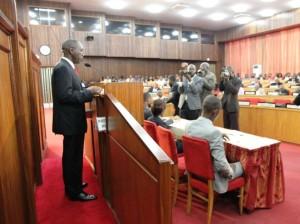 Au cours de son intervention, le chef du gouvernement a relevé des projets à court et à long termes dans le cadre de la prévisibilité des recettes minière (ph. primature/bola
